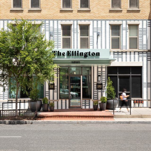 jt30 Ellington Washington Fassade 2