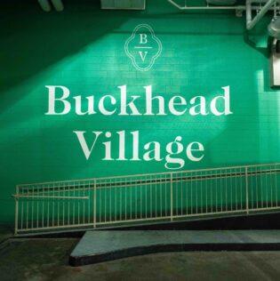 Einzelhandels- und Bürokomplex Buckhead Village District Jamestown 31